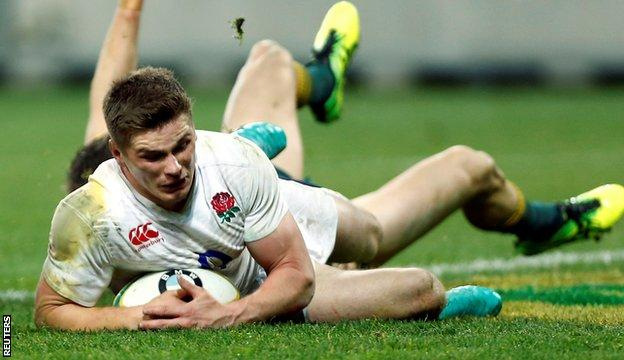 Owen Farrell scores a try for England