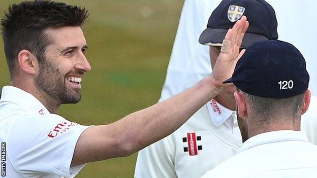 England's Mark Wood took three wickets on his first Championship appearance since 2018 as Durham rolled Warwickshire for 87 at Chester-le-Street