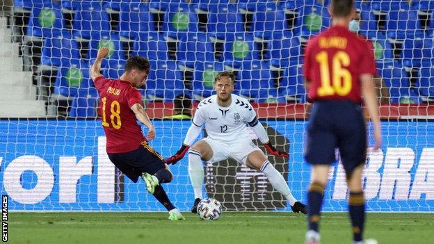 Javi Puado gets Spain's fourth against Lithuania