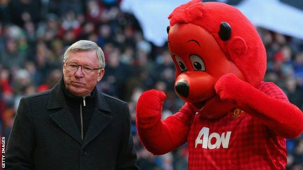 Fred the Red with former Manchester United manager Sir Alex Ferguson