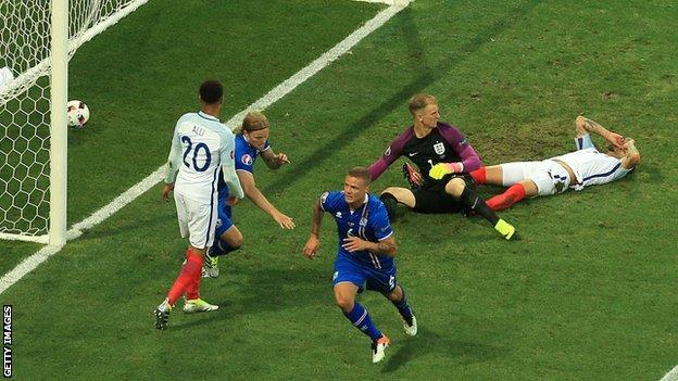 Iceland's Ragnar Sigurdsson celebrates after scoring against England