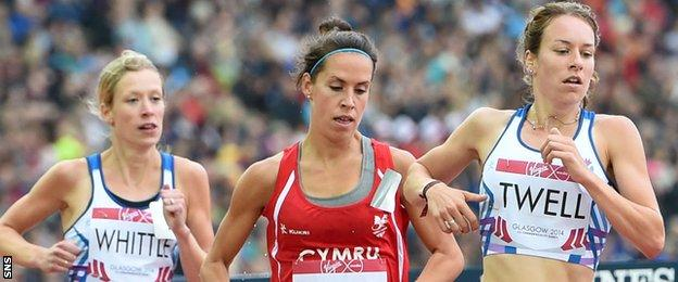 Laura Whittle (left) and Steph Twell (right) run the 5,000m at the Commonwealth Games in 2014