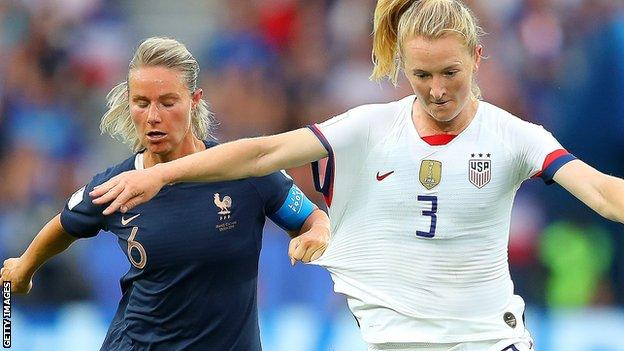 Sam Mewis in action for USA at the 2019 World Cup