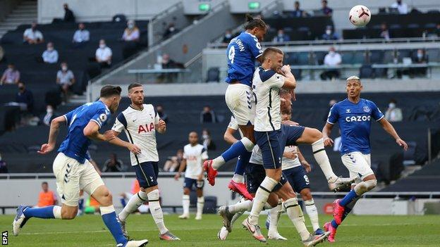 Everton start with win as Calvert-Lewin sinks Tottenham thumbnail