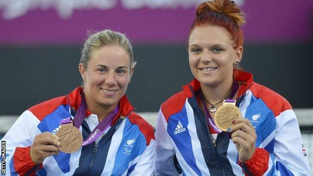 GB wheelchair tennis players Lucy Shuker and Jordanne Whiley