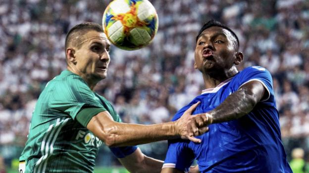 Legia Warsaw 0-0 Rangers: Europa League play-off tie finely poised thumbnail
