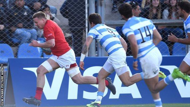 James Davies scores vs Argentina