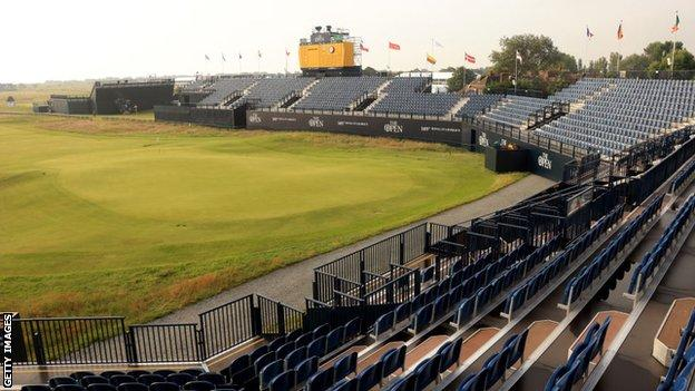 The 18th green at Royal St George's