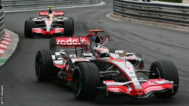 Fernando Alonso leads team-mate Lewis Hamilton at the 2007 Monaco Grand Prix