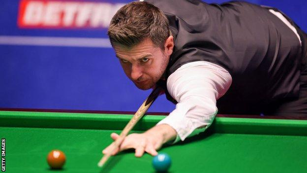 World Snooker Championship: O'Sullivan level with McGill as Murphy and Selby win thumbnail