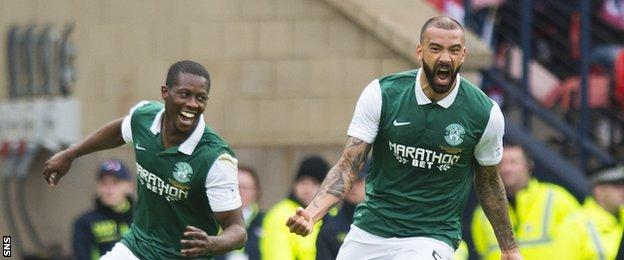 Liam Fontaine (right) celebrates his goal for Hibs