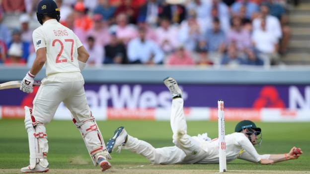 Ashes 2019: England bowled out for 258 by Australia in Lord's Test