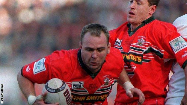 , Jonathan Davies on Wales v Western Samoa at 1995 Rugby League World Cup