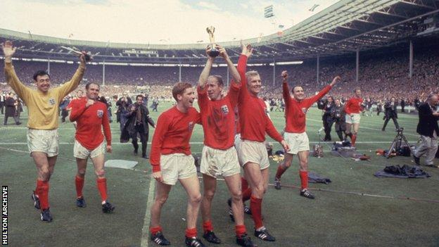 Banks (far left) as England lifted the World Cup in 1966