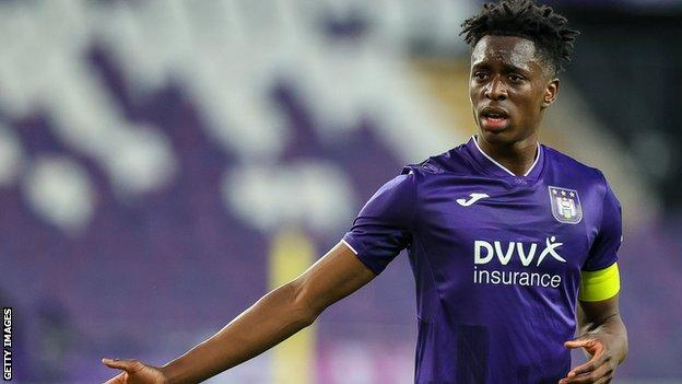 Arsenal sign Albert Sambi Lokonga from Anderlecht on long-term contract thumbnail
