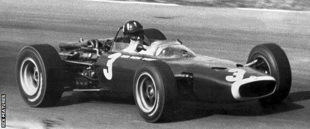 Graham Hill at the 1966 US Grand Prix