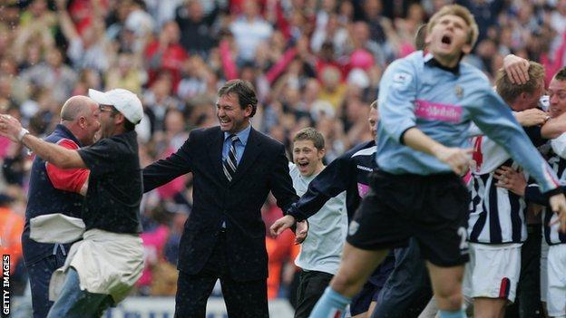 West Brom celebrate avoiding Premier League relegation in 2005