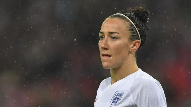 Lucy Bronze: Calf injury rules England defender out of SheBelieves Cup - bbc