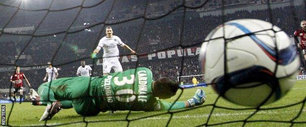 Zlatan Ibrahimovic scores from the penalty spot for Paris St-Germain against Nice
