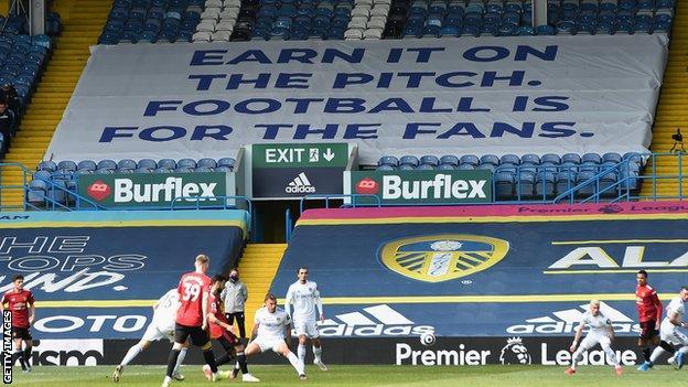Leeds v Manchester United.