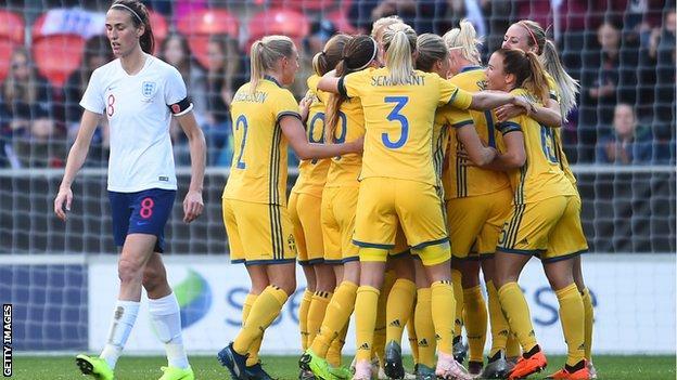 Sweden celebrate Anna Anvegard's close-range strike that put the visitors 2-0 ahead