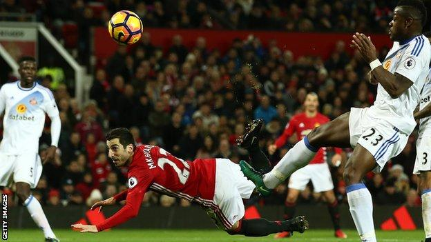 Henrikh Mkhitaryan scores against Sunderland