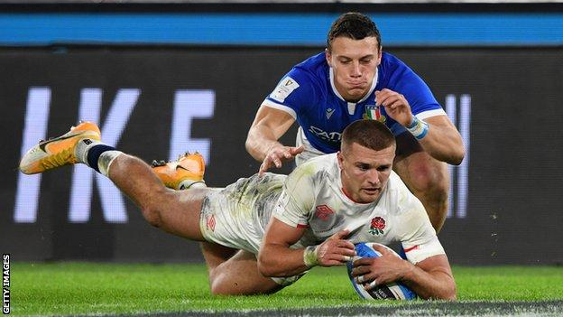 England's Henry Slade scores a try
