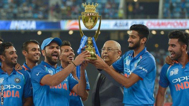 India lift the Asia Cup