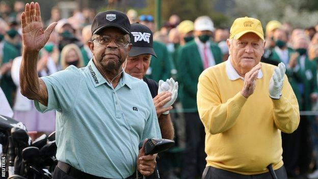 Honorary starters Lee Elder (left) and Jack Nicklaus (right) of the US with South Africa's Gary Player (centre)