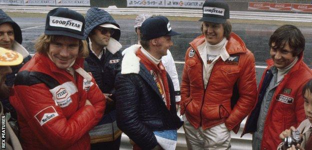 James Hunt, Niki Lauda and Ronnie Peterson before the start of the 1976 Japanese Grand Prix