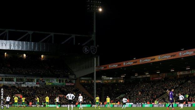 Floodlight failure at Norwich v Derby County