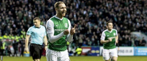 Martin Boyle celebrates scoring for Hibernian against Dunfermline