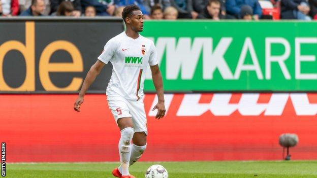 Reece Oxford playing for Augsburg