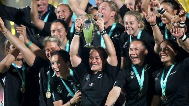 New Zealand's Fiao'o Faamausili, captain of the five-time world champions, lifts the World Cup at the Kingspan Stadium