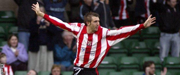 Gareth McAuley knew where the back back of the net was in his Lincoln City days, scoring 10 times in two seasons for the Imps