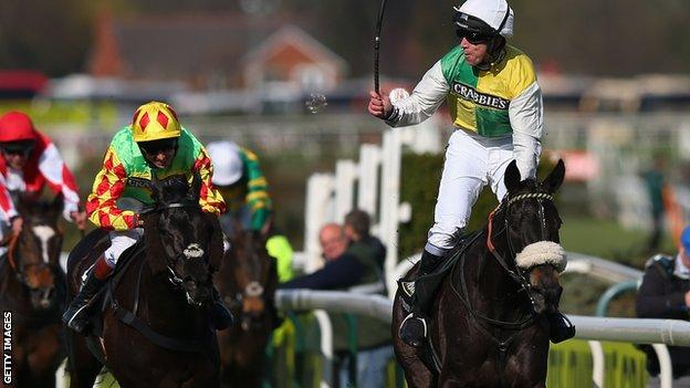 Many Clouds (right) wins the 2015 Grand National