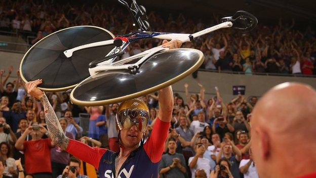 Sir Bradley Wiggins celebrates breaking the one-hour world record in 2015