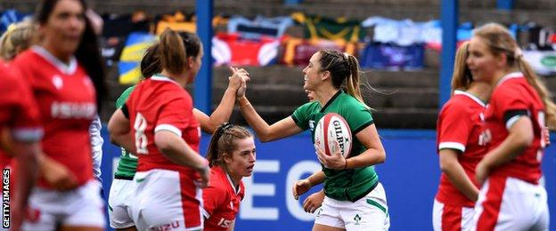 Ireland beat Wales