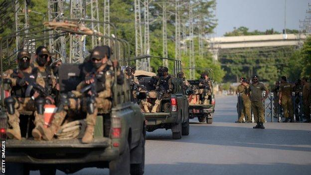 New Zealand warns of 'certain and credible threat' in Pakistan