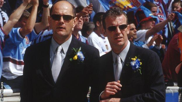 Gwyn Williams (left) and Graham Rix (right)
