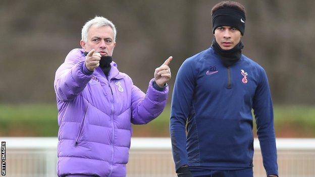 Jose Mourinho (solda) ve Dele Alli