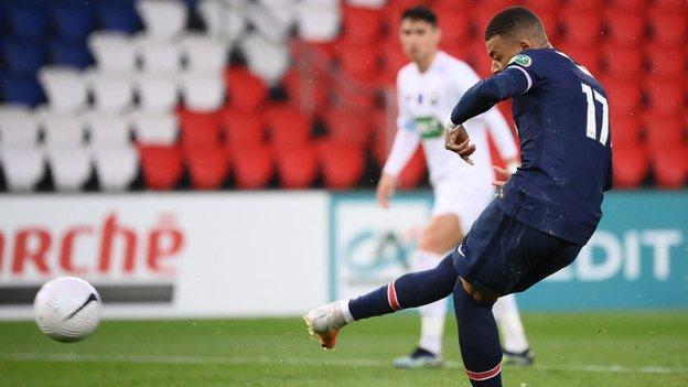 Kylian Mbappe penalty