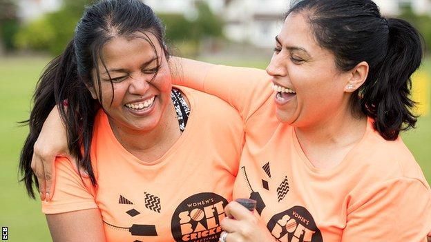 Women's enjoying Women's Soft Ball Cricket