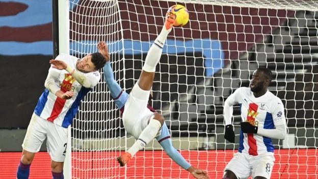 Sebastien Halle, West Ham için Crystal Palace karşısında muhteşem bir genel vuruşla eşitledi