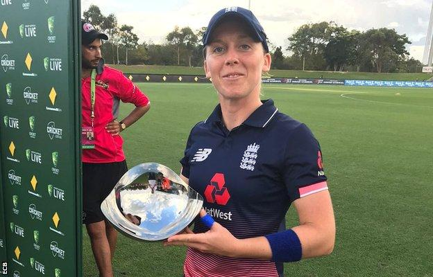 Heather Knight with her player of the match award after the third ODI