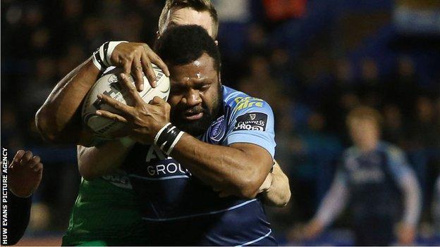 Manoa Vosawai scores for the Blues