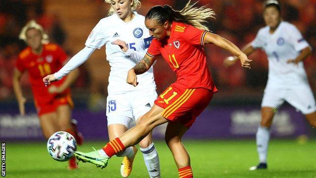 Natasha Harding scores Wales' second goal