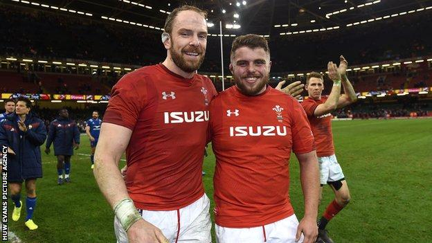 Alun Wyn Jones and Nicky Smith playing for Wales