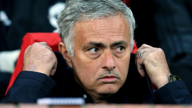 Man Utd 0-0 Valencia: Jose Mourinho can solve Old Trafford problems - Dion Dublin analysis thumbnail