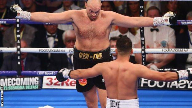 Tyson Fury fights Sefer Seferi